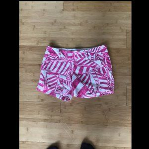 Super Cute Lily Pulitzer Shorts size 00